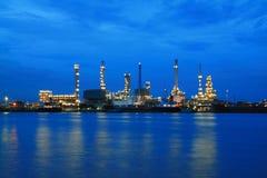 terenu rośliny rafinerii zmierzch Fotografia Stock