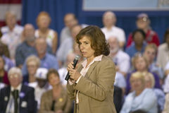 Teresa Heinz Kerry addressing audience of seniors at the Valley View Rec Center, Henderson, NV Stock Photography