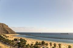 Teresitas strand nära Santa Cruz de Tenerife på kanariefågelöar, Spanien Arkivbild