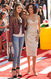Teri Hatcher & Emerson Tenney royaltyfria bilder