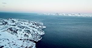 Красивый вид с воздуха Teriberka России во время зимы видеоматериал