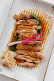 Teriyaki鸡:油煎的用卤汁泡的鸡用Teriyaki调味汁 免版税库存图片