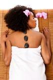 Termas do dia da saúde da beleza - terapia quente do lastone Fotos de Stock Royalty Free