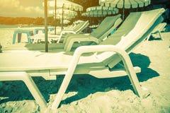 Termas do litoral pelo mar Fotos de Stock Royalty Free