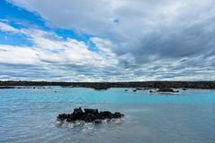 Termas geotérmicas da lagoa azul perto de Grindavik, Islândia foto de stock royalty free