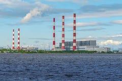 Termiczna elektrownia w Syberia zdjęcia stock