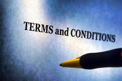 Termijnen en het Bericht en de Pen van Voorwaarden Stock Foto