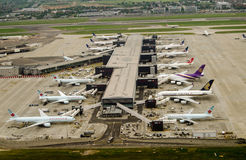 Terminal 2, aéroport de Heathrow, Londres Photographie stock