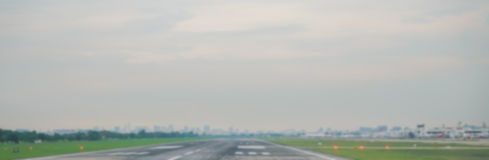 Terminal abstrait d'avion de tache floue dans l'aéroport Photo stock