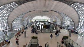 Terminal d'aéroport à l'aéroport de Suvarnabhumi Images stock