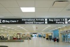 Terminal d'aéroport Images stock