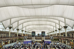 Terminal d'aéroport de Denver International Photo stock