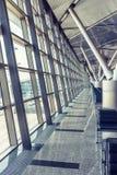 Terminal d'aéroport moderne Images stock
