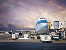 Terminal d'aéroport occupé Images stock