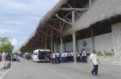 Terminal 2 dans l'aéroport international de Punta Cana, République Dominicaine  Images libres de droits