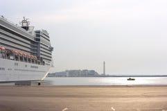 Terminal de balsa de Bari, Italy imagem de stock