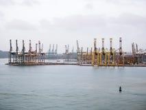 Terminal de cargaison de Singapour, un de l'importation la plus occupée, exportation photographie stock libre de droits