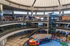 Terminal de départ à l'aéroport international d'Antalya, Antalya Havalimani La Turquie Photographie stock libre de droits