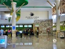 Terminal 2 in de Internationale Luchthaven van Punta Cana, Dominicaanse Republiek Royalty-vrije Stock Afbeeldingen