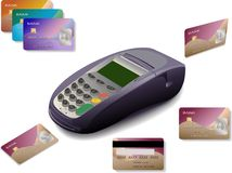 Terminal de la tarjeta de crédito con las tarjetas Foto de archivo libre de regalías