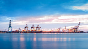 Terminal de marine de Newark-Elizabeth de port Photographie stock