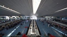 Terminal de passageiro internacional do aeroporto de Haneda video estoque