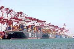 Terminal de récipient de port de Qingdao Photographie stock