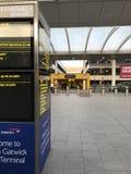 Terminal de sud d'aéroport de Gatwick Image stock