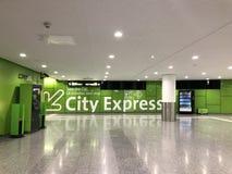 Terminal de transfert de CAT de train d'aéroport de ville de Vienne situé dans la station de Wien Mitte, Vienne, Autriche photos libres de droits