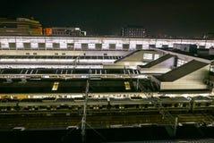 Terminal do trem do japonês na estação de trem do JÚNIOR de Kyoto Foto de Stock Royalty Free