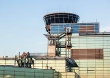 Terminal 2 en puesta del sol Fotos de archivo