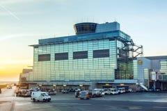 Terminal 2 en puesta del sol Imagen de archivo libre de regalías
