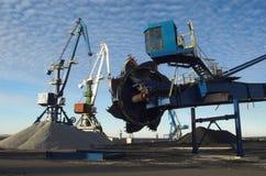terminal för 3 kol arkivfoto