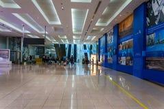 1 terminal för flygplatsdubai international Arkivfoto