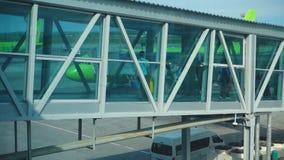 Terminal jetway d'aéroport clips vidéos