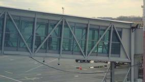 Terminal jetway del aeropuerto almacen de video