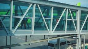 Terminal jetway del aeropuerto metrajes