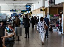 Terminal local de départ d'aéroport international de Cape Town Photographie stock libre de droits