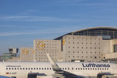 Terminal 1 with Lufthansa aircrafts in Frankfurt Stock Photography