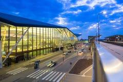 Terminal moderne de Lech Walesa Airport à Danzig Photo stock