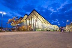 Terminal moderne de Lech Walesa Airport à Danzig Photographie stock