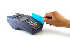 Terminal portátil do cartão de crédito na base imagens de stock royalty free