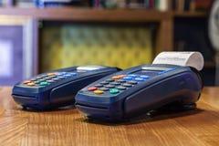 Terminale della Banca con un controllo stampato e una condizione colorata dei bottoni immagine stock libera da diritti