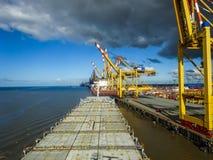 Terminale di contenitore in Bremerhaven, Germania immagini stock libere da diritti