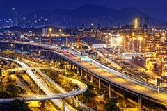 Terminale di contenitore e ponte dello scalpellino in Hong Kong Fotografia Stock Libera da Diritti