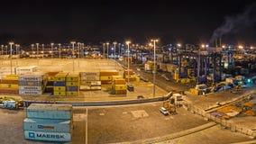 Terminale di contenitore nella notte Fotografia Stock