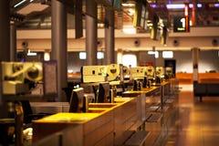 Terminalen för passagerare och går ombord Arkivfoto