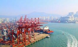 Terminales de contenedores modernas, Hong-Kong Foto de archivo