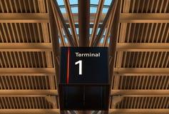 Terminalzeichen am Flughafen unter Dach Stockfoto