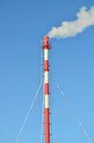 Termisk kraftverk i vintern Arkivfoto